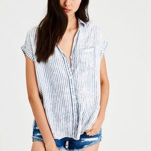 NWT American Eagle Striped Short-Sleeve Button Up